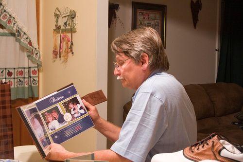 Wayne with book_fini