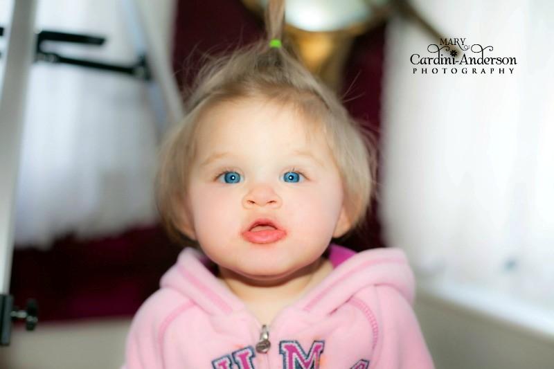 Baby in pink sharpen eyes4_800_Sig